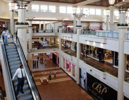 Mall-escalator
